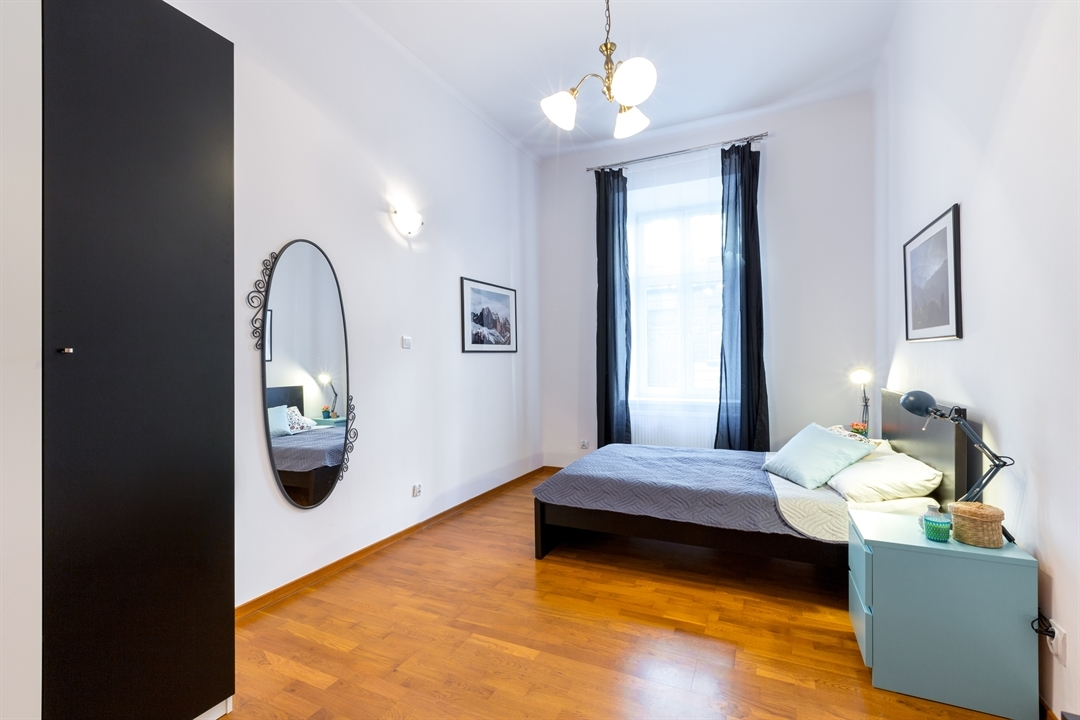 St2 Old Town Apartment